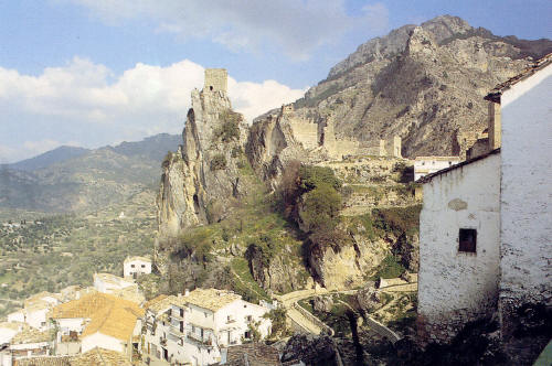 9- Castillo de la Iruela. Foto Muñoz Valor